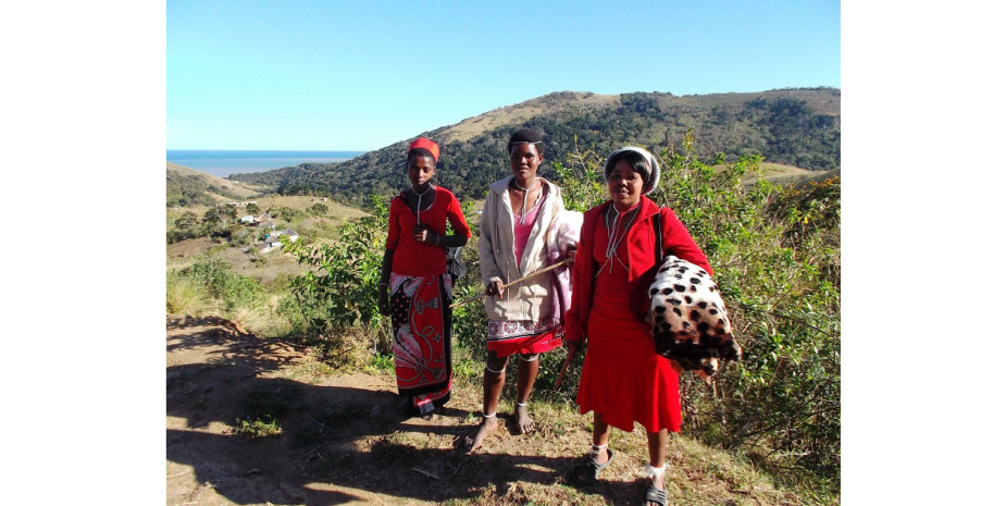Local women Mthumbane